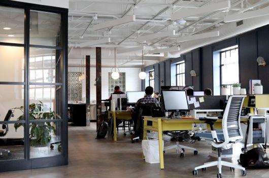 Home-Office vs. Büro_Büroraum